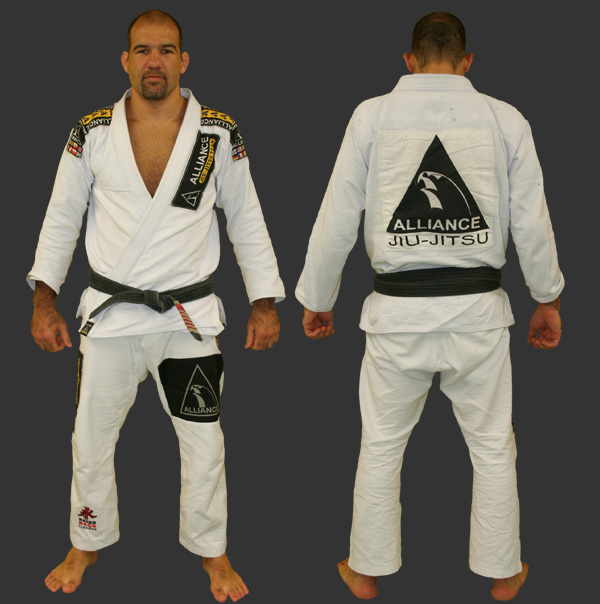 http://www.alliancebjj.se/pics/forum/alliance_kimono.jpg