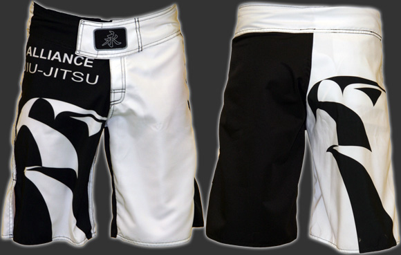 http://www.alliancebjj.se/pics/forum/alliance_shorts2.jpg